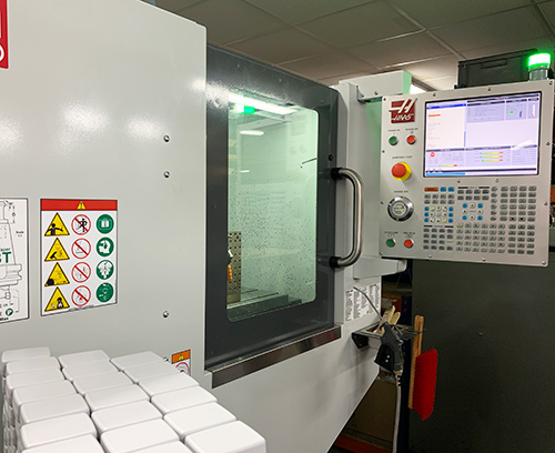 Metcase's new HAAS CNC milling machine